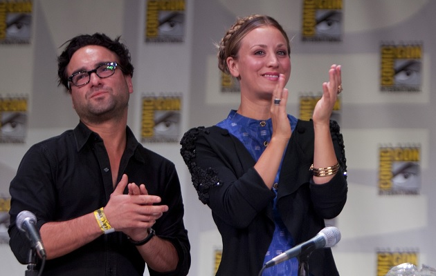 Kaley-Cuoco-and-Johnny-Galecki